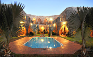 http://www.namibiareservations.com/le_mirage_desert_lodge.html