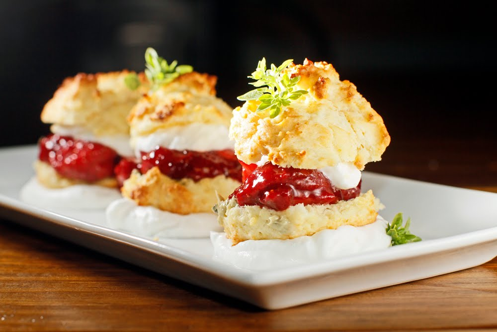 The Chubby Vegetarian: Strawberry-Basil Shortcake Sliders