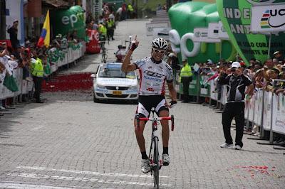 http://4.bp.blogspot.com/-r1vkvl3ZGvY/TgZpm0PbOyI/AAAAAAAAChQ/rHKbcloOBd0/s640/Fran+Osorio.JPG