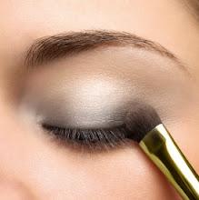 Teknik Pakai Eyeshadow