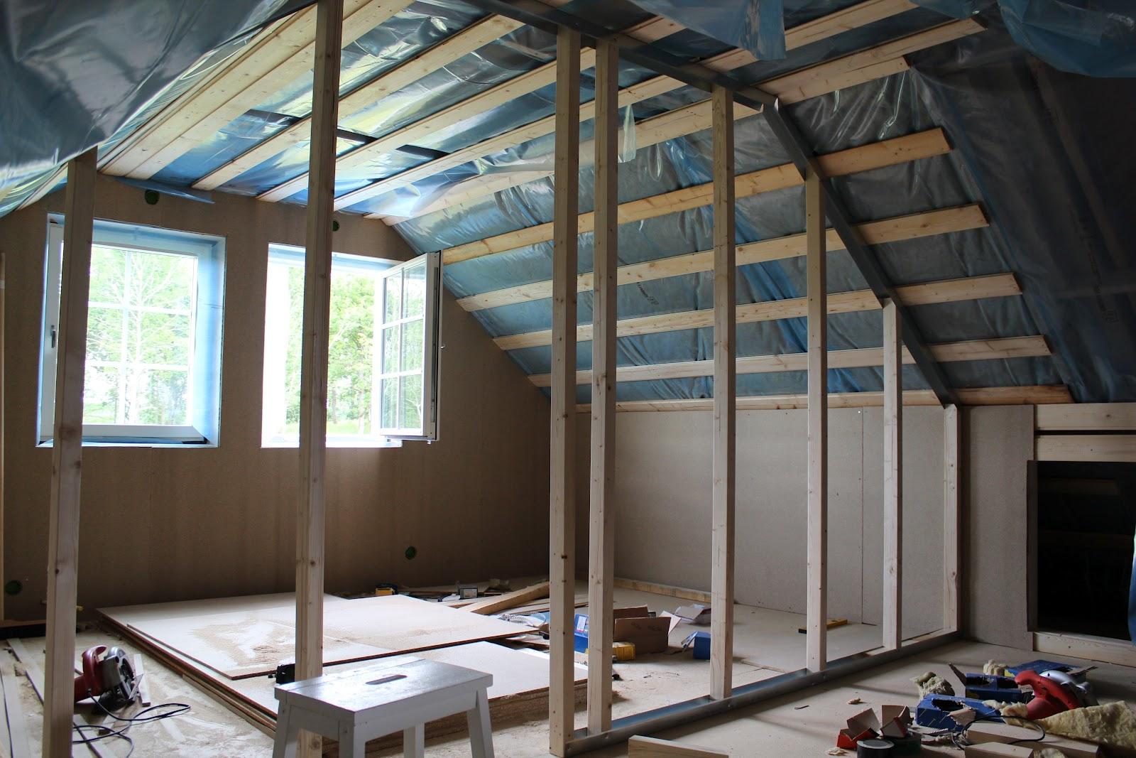 Vi och ett hus: Övervåning