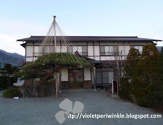 traditional ryokan with fujisan view