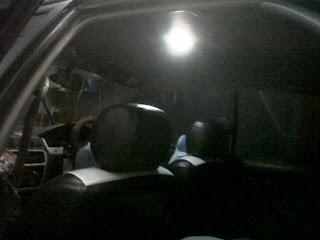 menggunakan lampu led nah yang tertarik ingin mengganti lampu kabinnya