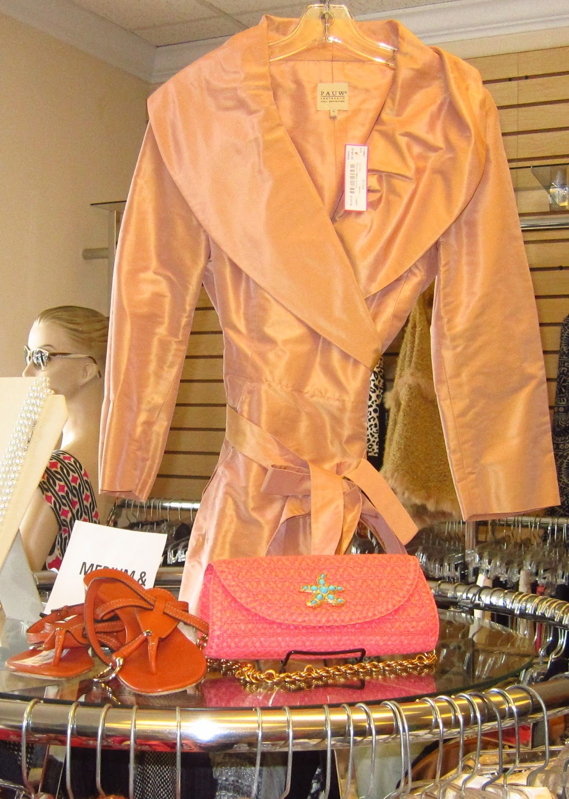 Career fashion consignment atlanta 33