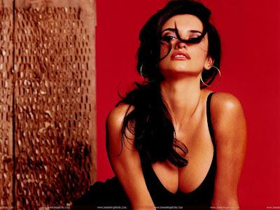 Hollywood Actress Penelope Cruz HD Wallpaper