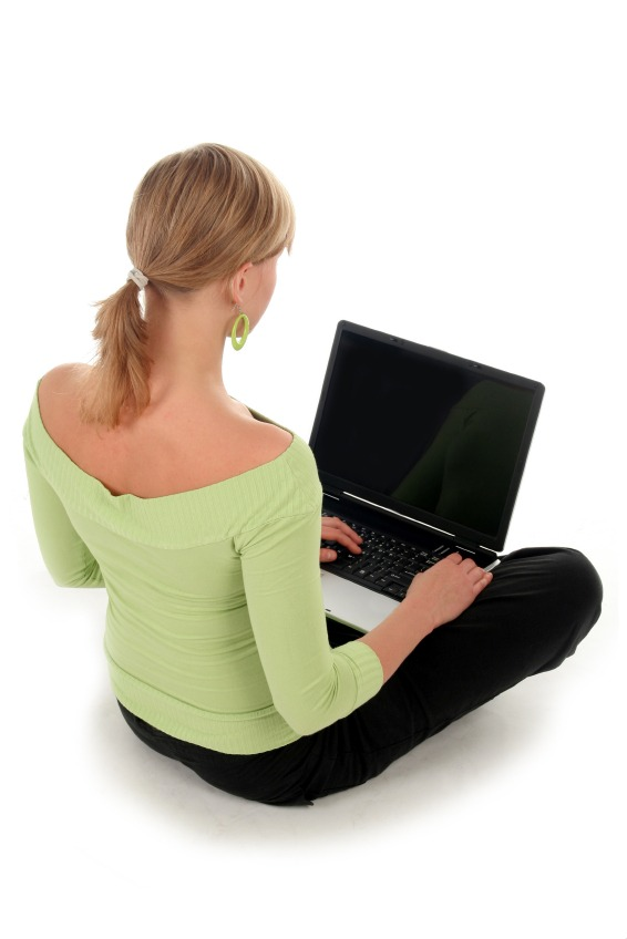 woman with laptop Where To Watch Tv On Pc Without Internet Usb