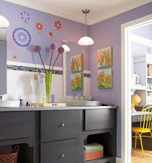 kamar+mandi+anak+kecil+warna+ungu Desain kamar mandi kecil cantik untuk anak anak