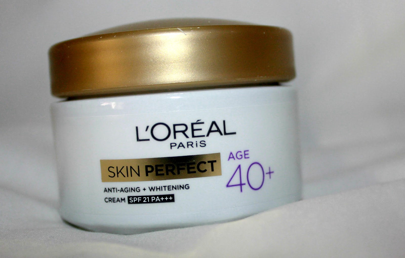 makeup review beauty blog l 39 oreal paris skin perfect anti aging whitening cream for age 40. Black Bedroom Furniture Sets. Home Design Ideas