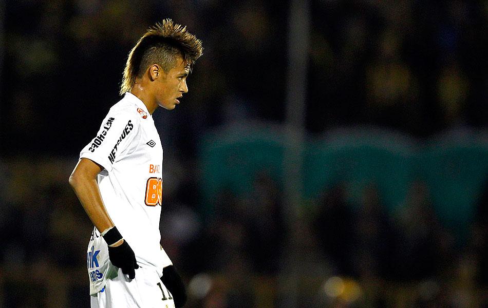 Neymar na decisão entre Peñarol e Santos