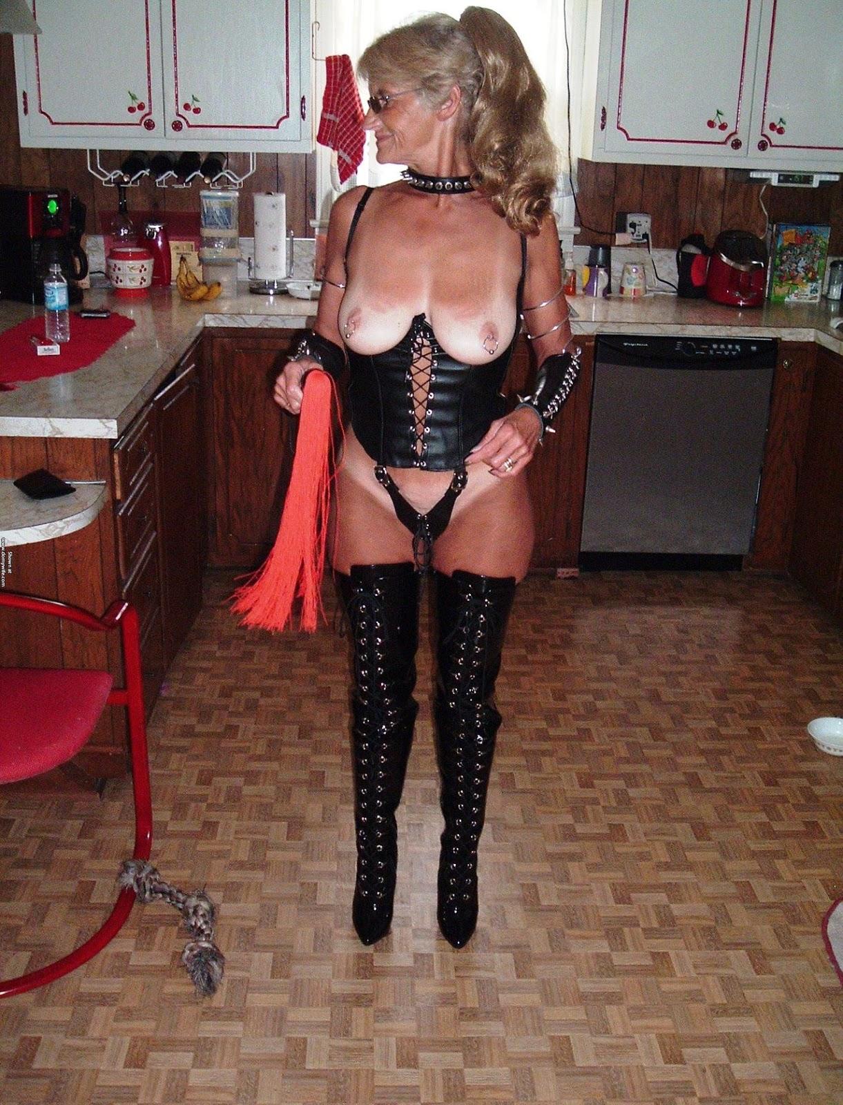 50 Plus Milf dressed to please - linda mahoney art