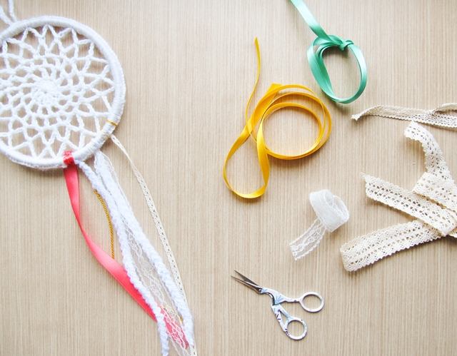 CROCHET DREAMCATCHER FOR CRAFTBITS - Little Things Blogged