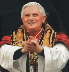 Lucu, Paus Benediktus XVI