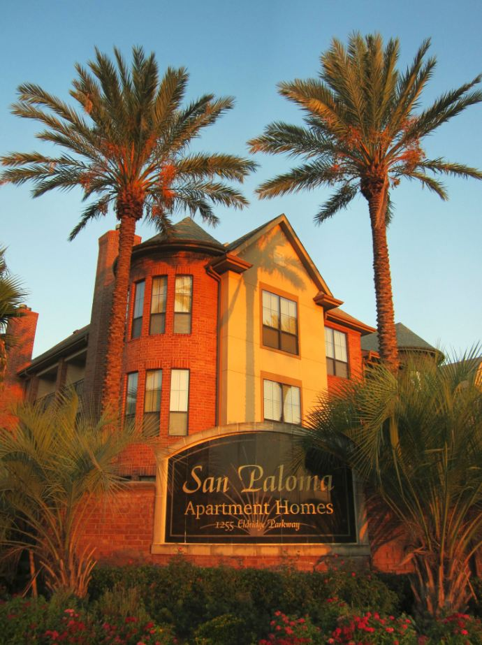 Living Among Palms In West Houston: San Paloma Apartment Homes