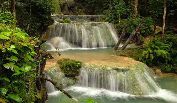 Air terjun tiga tingkat - tempat wisata yang indah dan seru di padang