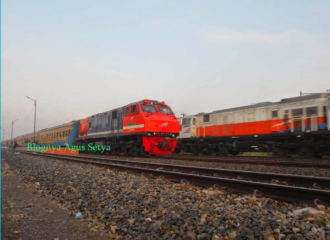 lokomotif cc201 129R