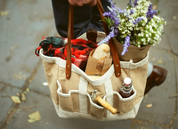 http://store.apolisglobal.com/luggage/garden-bag/#natural