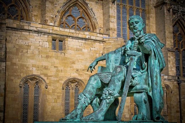 Estatua y edicto de Milán