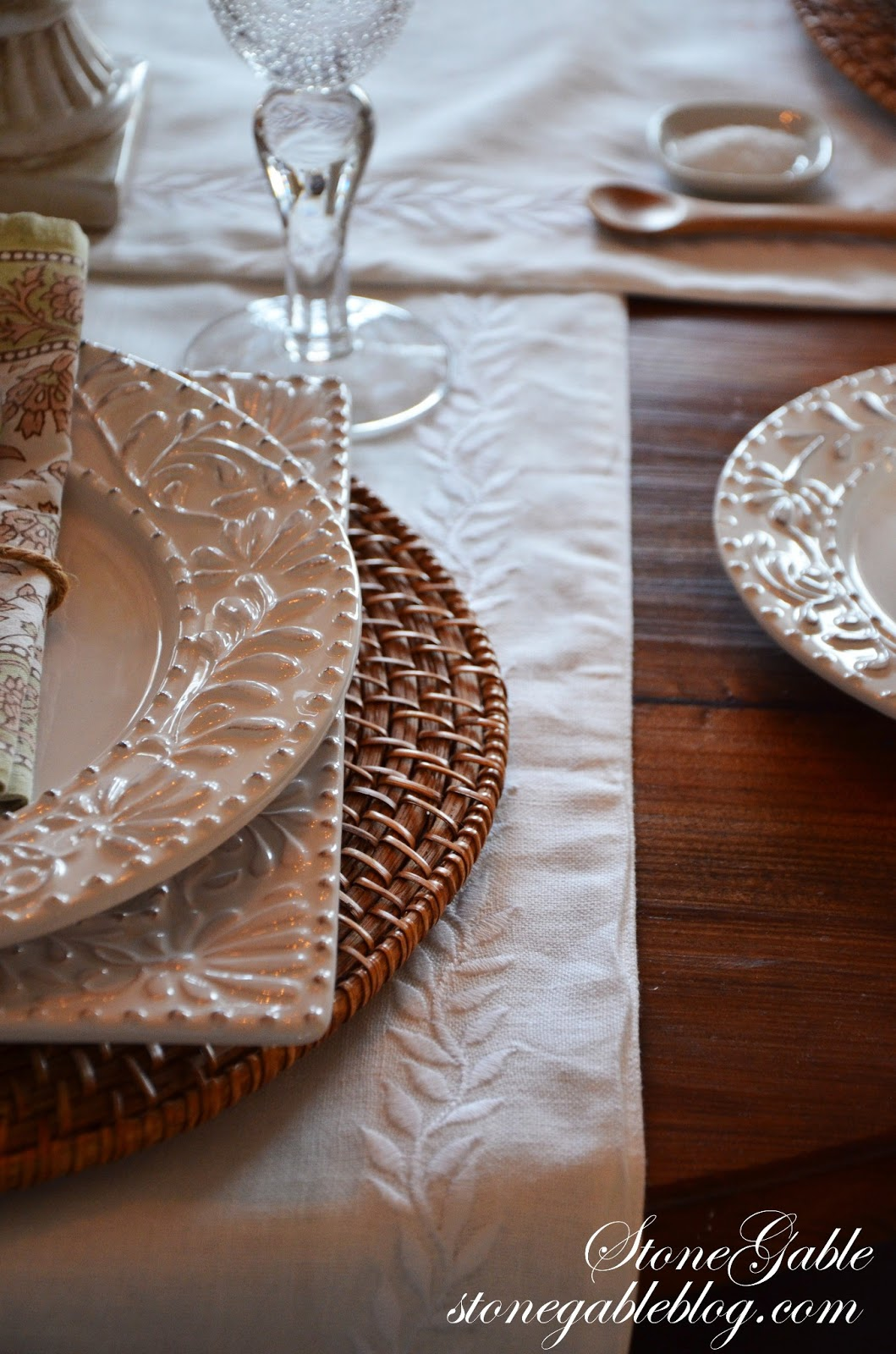 FORMULA FOR SETTING A CASUAL TABLE & FORMULA FOR SETTING A CASUAL TABLE - StoneGable
