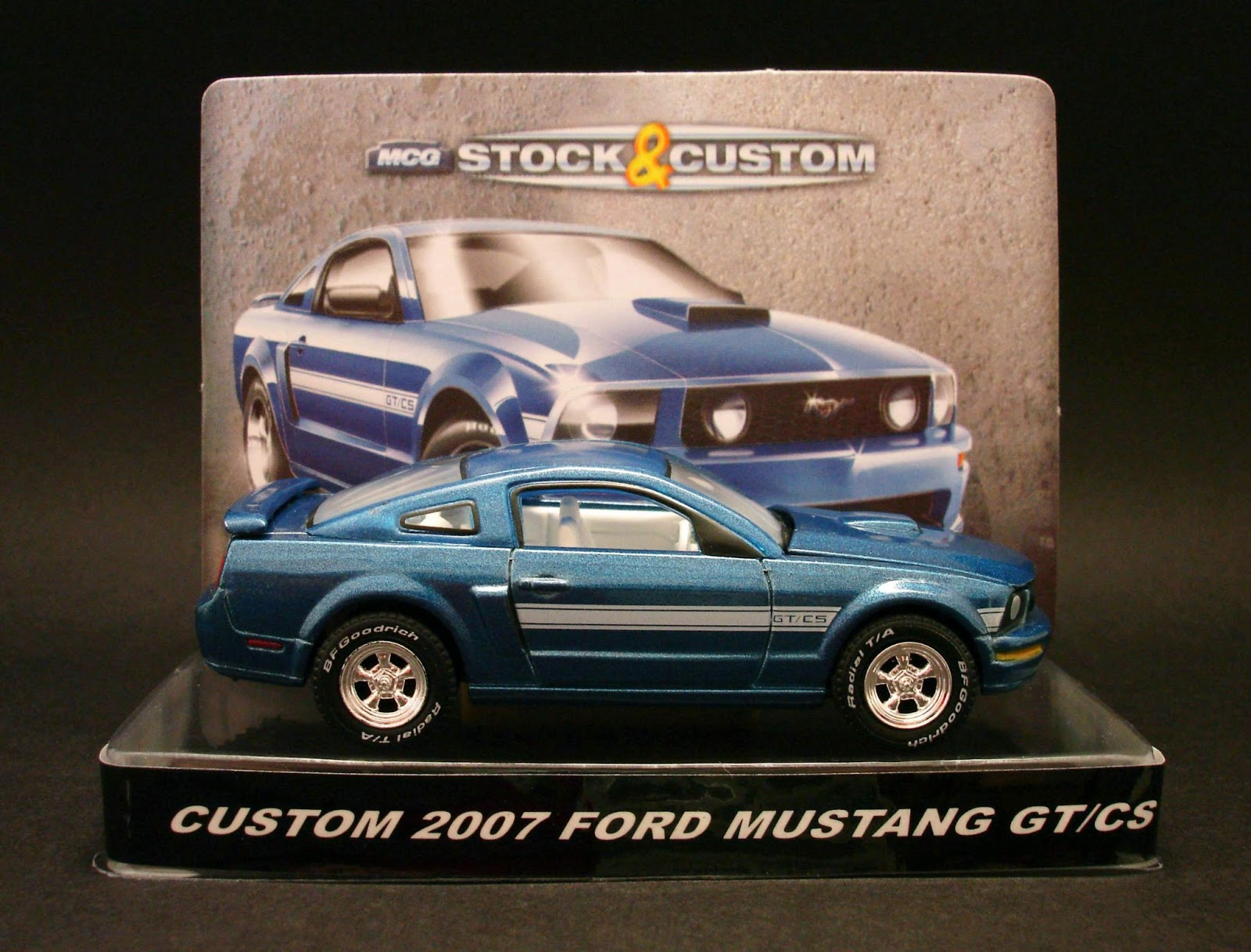 Diecast Hobbist 2007 Ford Mustang Gt California Special