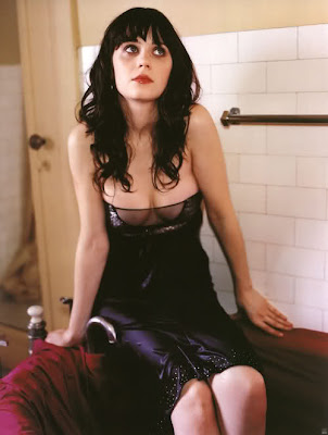 Zooey Deschanel Hot