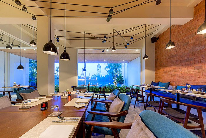 ritme-perpaduan-bata-merah-dinding-fasad-putih-sala-ayutthaya-hotel-sungai-chao-phraya-020