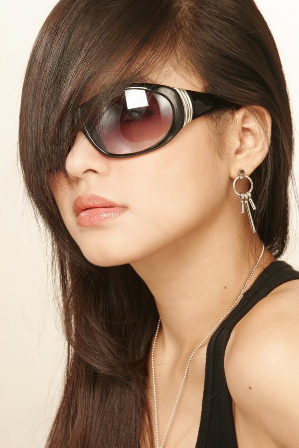 http://4.bp.blogspot.com/-r4kHQwmQWsg/TdEuhZGG-xI/AAAAAAAAA5c/SXwpFTOQOK4/s1600/Hair+Styles+13.jpg