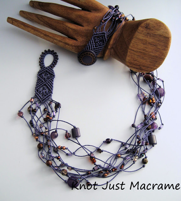 Macrame neckace in purple and copper