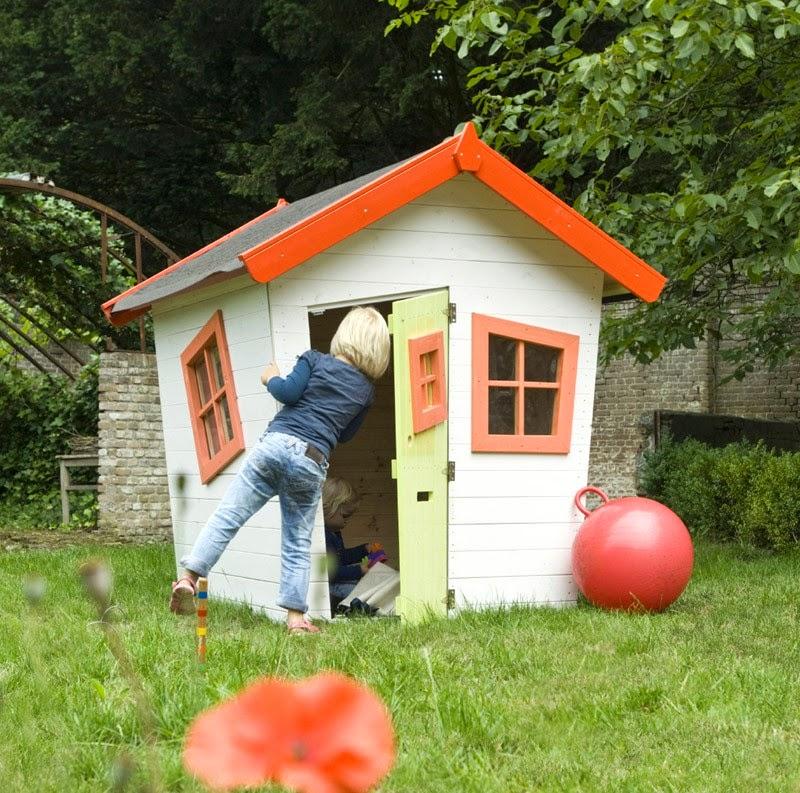Initiales gg shopping 7 cabanes en bois moins de 300 - Cabane jardin palette nice ...
