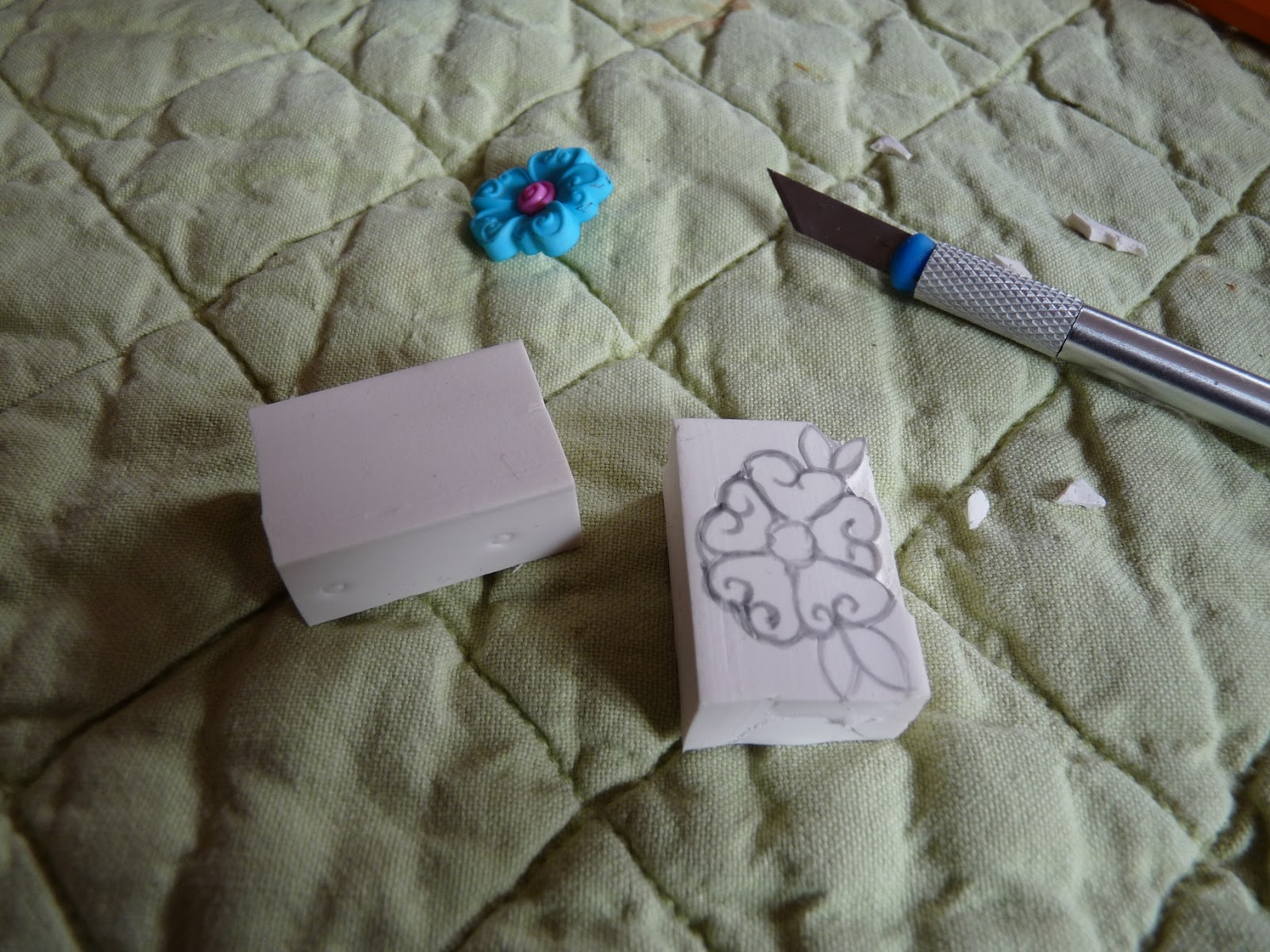 le petit monde de bidule fabriquer un tampon encreur. Black Bedroom Furniture Sets. Home Design Ideas