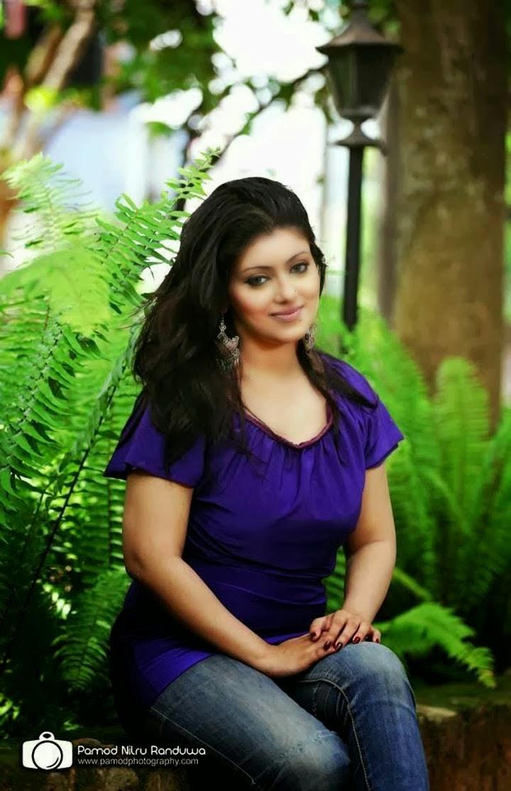 Sri Lankan Actress Natasha Perera Hot Photo Collection