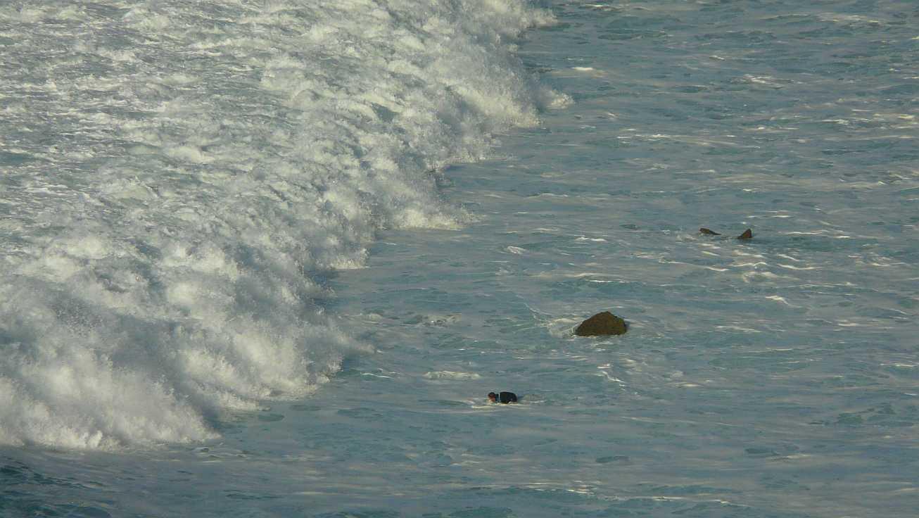 surf olas grandes menakoz 13