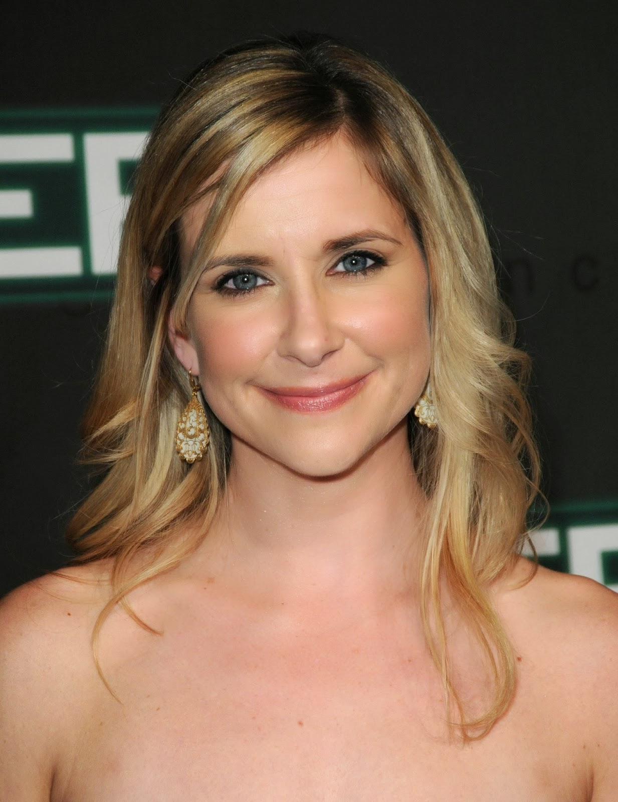 Kellie Martin Sexy Cleavage Pics at ER Finale PartyKellie Martin 2009