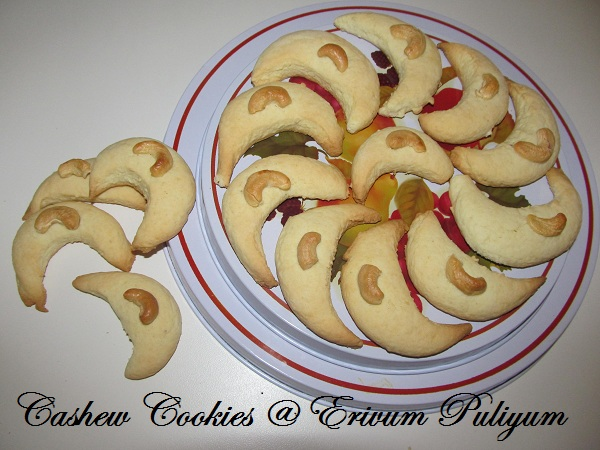 Cashew Cookies  (Cute crescents) and Award Time again !!!!!!