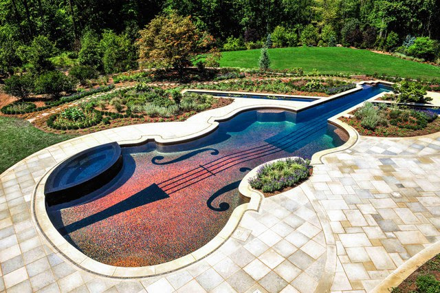 Stunning backyard swimming pool - Swimming pool landscape design ideas ...