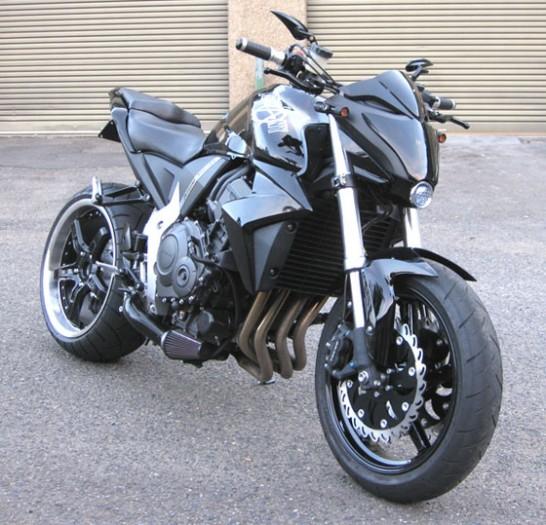 Modifikasi Honda CB1000R 2013