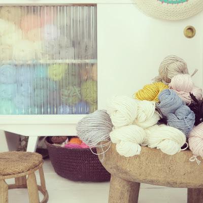 ByHaafner, linen yarn, pastel, Ghanaian stool, cotton, craftroom