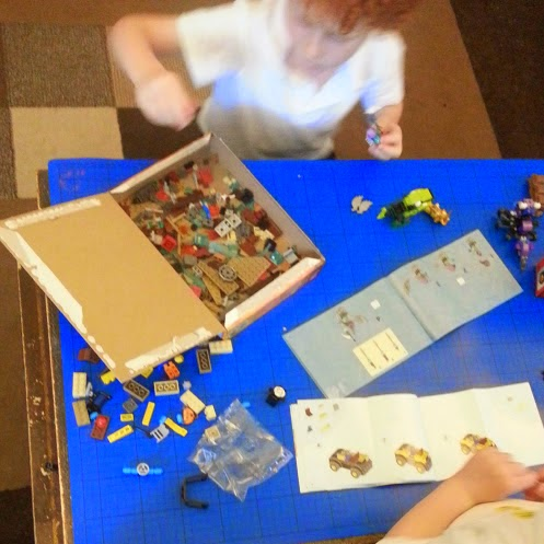 LEGO Juniors and LEGO City instruction leaflets