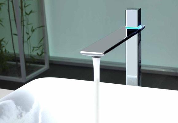 Marzua grifos con tecnolog a digital for Grifos con luz
