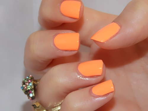 Beauté blog blogueuse psychosexy tendance summer 2013 vernis nail art china glaze sun of a peach nailstorming 6
