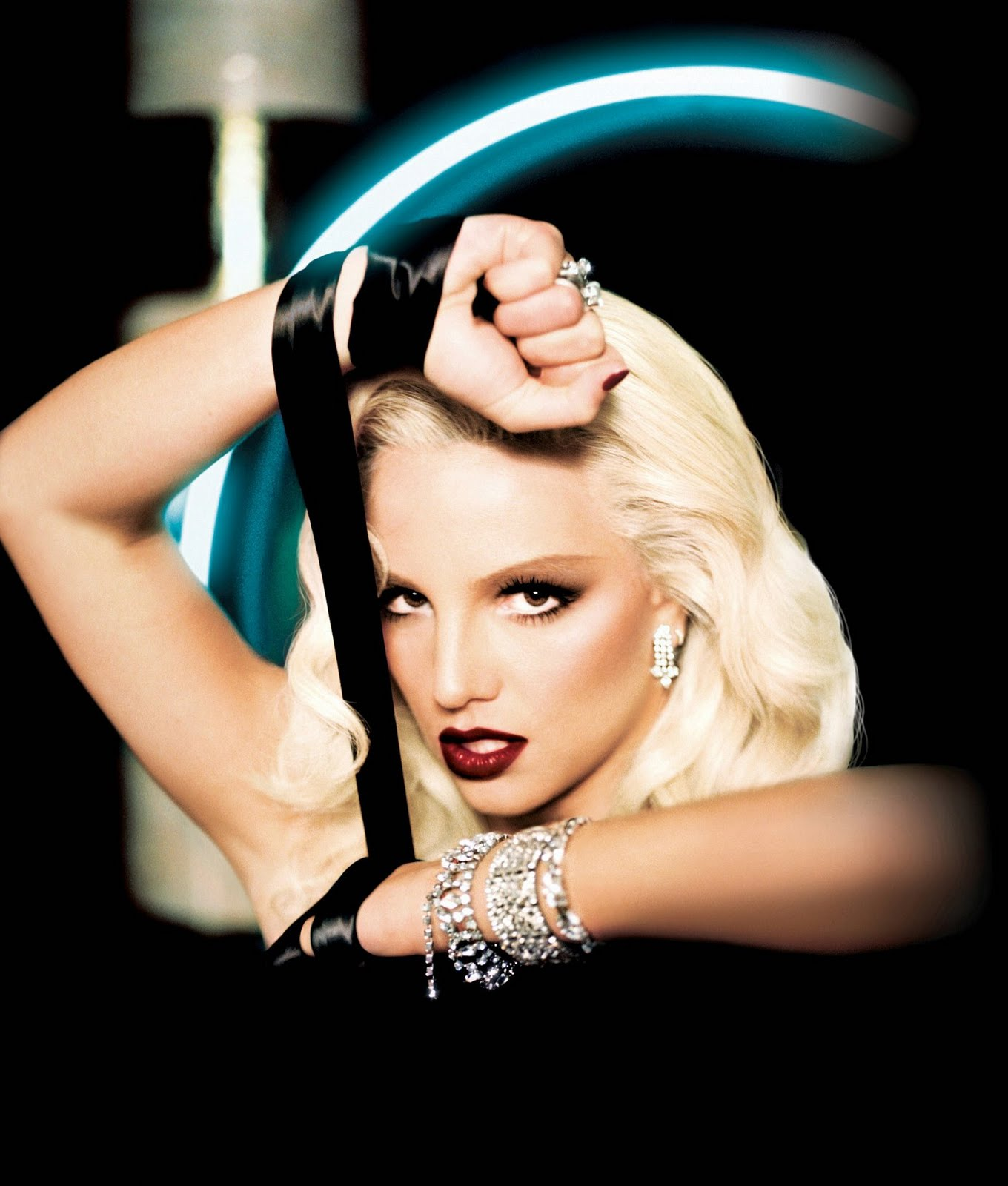 http://4.bp.blogspot.com/-r5sDJy08ATc/Tk1-mVfTBfI/AAAAAAAAhE4/iXP0TZfxE2c/s1600/Britney%2BSpearsDavid%2BLaChapelle.jpg