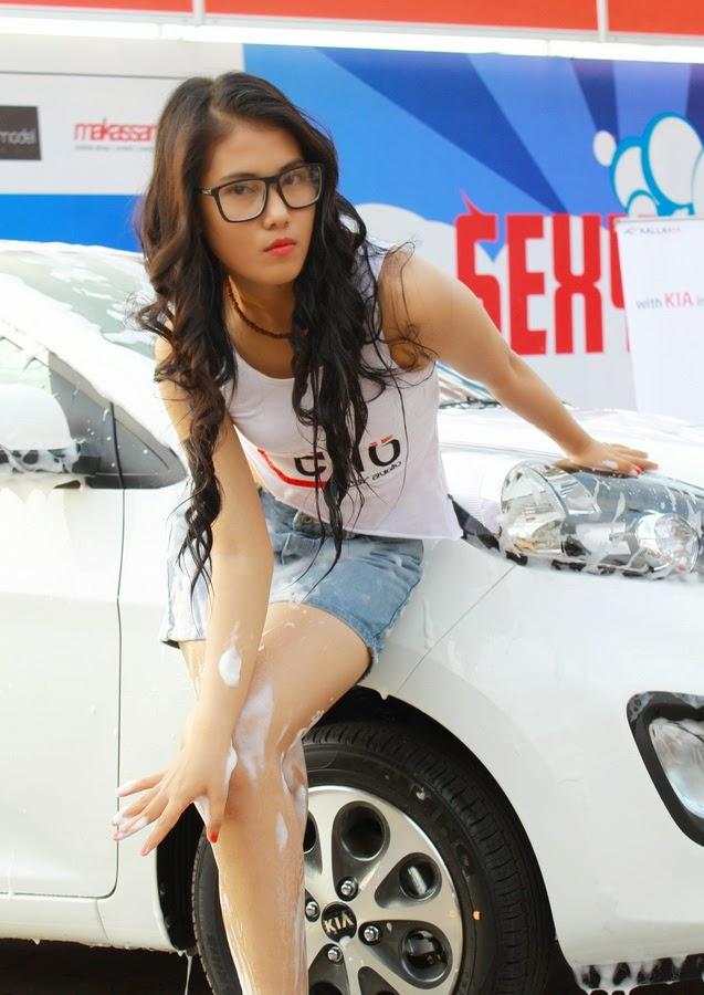 available car girl