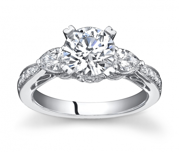 A Guide To Antique Engagement Rings