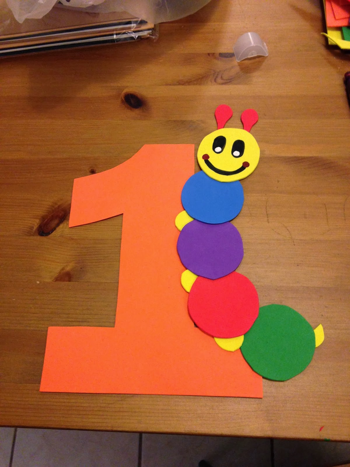 The crafty mom baby einstein first birthday party theme for Baby einstein decoration