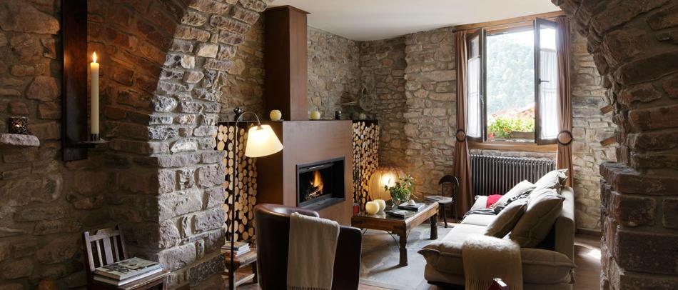 Rase una vez 39 el acebo de casa muria 39 for Hoteles con chimenea