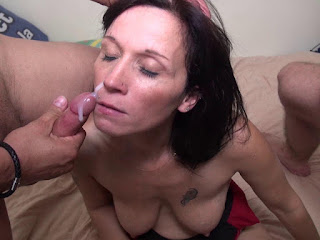 Teen Nude Girl - rs-emilie_39-711479.jpg