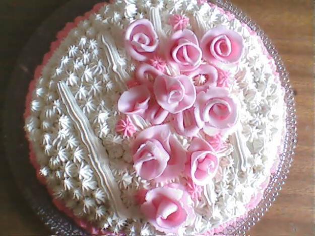 Receita de Bolo confeitado e decorado