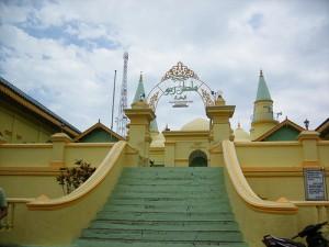 Masjid Unik Kebanggaan Masyarakat Riau