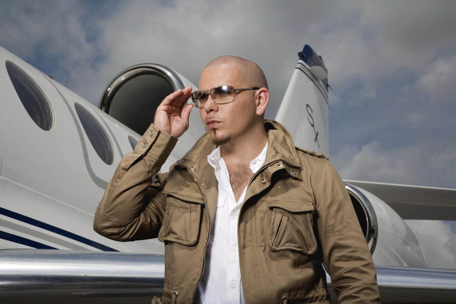 Pitbull airplane