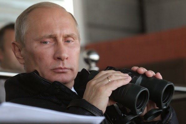 Vladimir Putin binoculars massive purulent cunt that squirts angry bees infected with AIDs