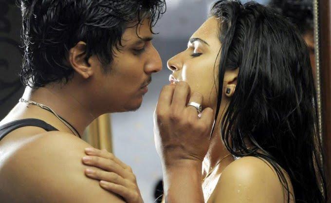 Hot Tamil Actress Honey Rose Hot Sexy scene with Jeeva ? Singam Puli movie ...